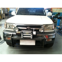 Base/Mesa para Guincho Toyota Hilux SW4 (1999/2004) Maceral